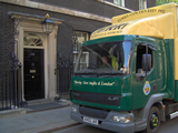 Perry Removals working at 10 Downing St